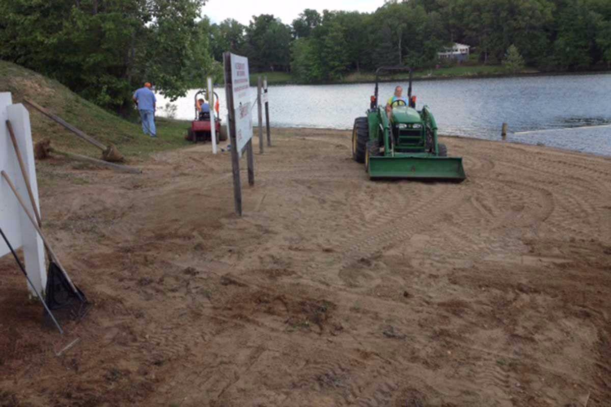 Friends-Of-Lake-Malone-,-new-sand