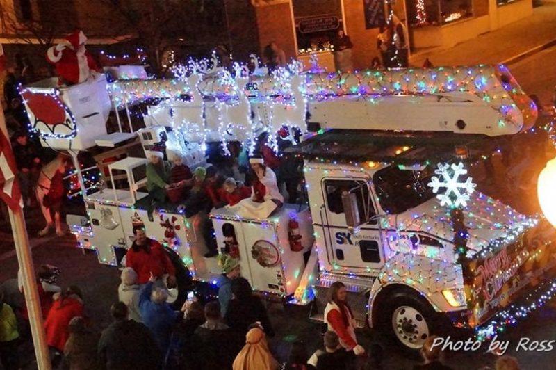 Christmas Parade 2021 Paducah Ky C Of C Christmas Parade Kentucky Living